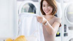 8 cara membersihkan noda pakaian luntur
