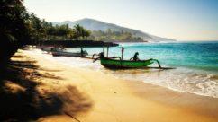 Inilah 5 pantai yang masih sepi di Bali